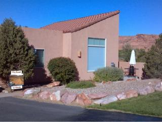 The Road To Moab - Moab vacation rentals