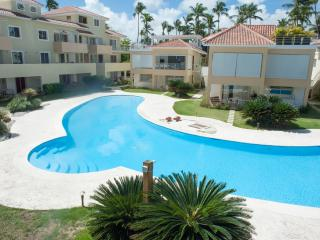 Los Corales, Las Terrazas, private beach - Bavaro vacation rentals