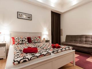 Downtown - Eva apartment - Budapest & Central Danube Region vacation rentals