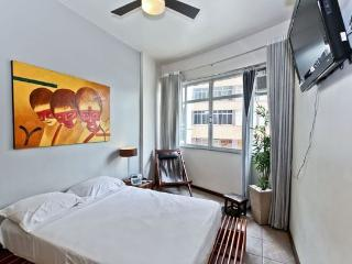 RioBeachRentals - Stylish Condo near Leblon - #159 - Ipanema vacation rentals