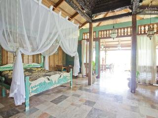 Villa Delicious, exotic, In Ubud rice fields. - Sidemen vacation rentals