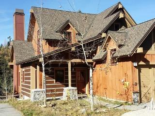 Clearwater 66 - Three Bedrooms, Three Baths, WIFI, and extra bonus room. Sleeps 10 - Southwestern Idaho vacation rentals