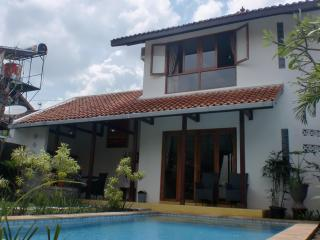 Villa Emerald Bougenville - Java vacation rentals