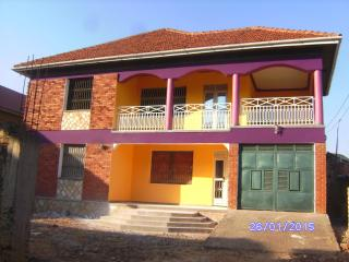 Just for Pleasure, Make your Vacation in Kampala a - Uganda vacation rentals