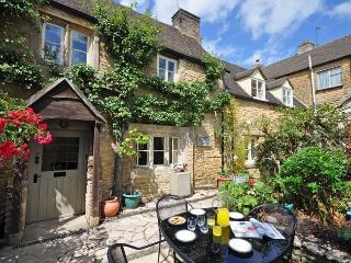 PTREE - Bourton-on-the-Water vacation rentals