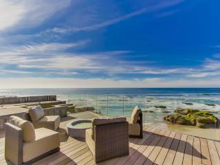 Villa Bermuda Beach--Amazing Oceanfront Location - Pacific Beach vacation rentals