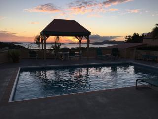 JULY and AUGUST 5-NIGHT SPECIALS ONLY $995 1-2P - Cruz Bay vacation rentals