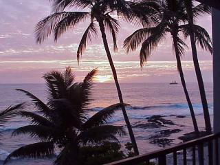 Big Island Kona Oceanfront Vacation Rental - Kailua-Kona vacation rentals