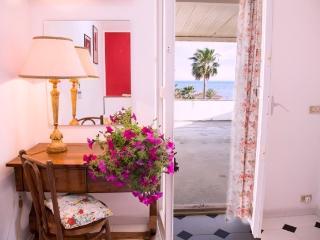 V01| FK | Indipendent villa by the seaside -Ragusa - Marina di Ragusa vacation rentals