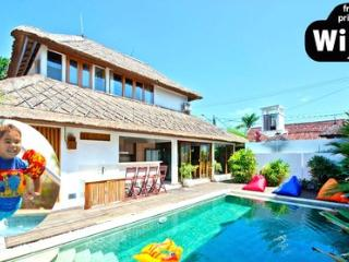 Luxury 3 Bedrooms Butler Villa with Spa, Car, Chef and Central Pool ~ RA53769 - Seminyak vacation rentals