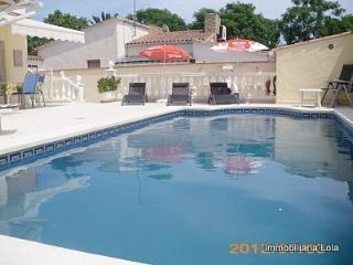 Preciosa casa en Empuriabrava con piscina - Empuriabrava vacation rentals