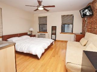 GREAT STUDIO IN MURRAY HILL NYC - E.31st St - New York City vacation rentals