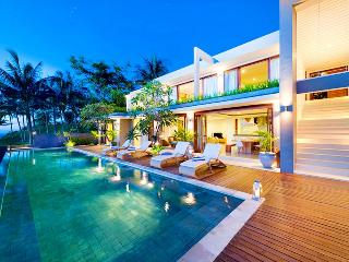 Malimbu Cliff Villa - an elite haven - West Nusa Tenggara vacation rentals