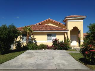 Tangerine Sunsets - Royal Villa - Nassau vacation rentals