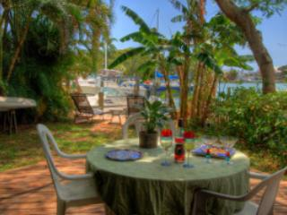 Madeira Beach Johns Pass Waterfront Dock - Madeira Beach vacation rentals