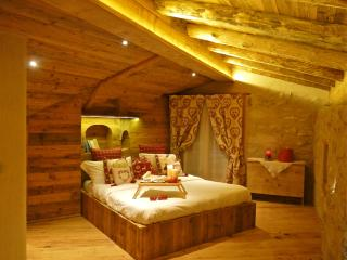 Sogno diFiaba Chalet di montagna al lago di Nembia - Molveno vacation rentals