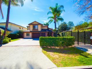 Gorgeouse 2 Story 5bed 3.5bath Furnished House - North Hollywood vacation rentals