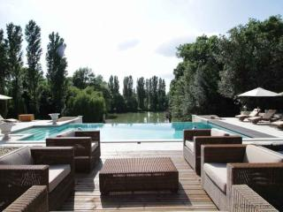 Blissful Country Chateau, Dordogne, FRMD150 - - Castelmoron-sur-Lot vacation rentals