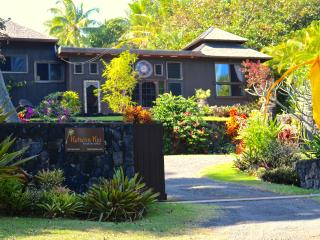 Romantic Balinese Home with Ocean Views, Hot Tub & - Pahoa vacation rentals