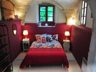 La maison de Lapparan - Saint-Drezery vacation rentals