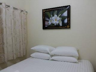 RHH31 Hua Hin 2 Bedroom Beach House - Hua Hin vacation rentals