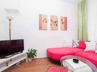 REVERSE DUPLEX 3 BEDROM @ TAKSIM - Istanbul vacation rentals