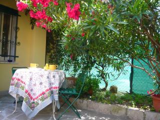 Casa FABIO - Este vacation rentals