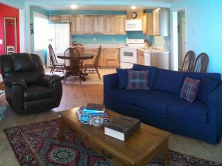 Captain's Quarters - 40% weekday const. discount - Lincoln City vacation rentals