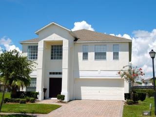 1205 4 bed 3 bath private pool gated community - Poinciana vacation rentals