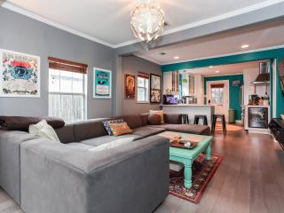 Hip 2 Bd/2 Ba House in Bouldin/SoCo - Austin vacation rentals