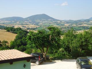Bed and Breakfast La Cerasa - Gubbio vacation rentals