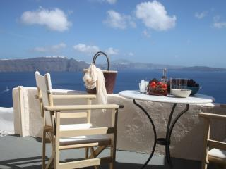 cave house 4 - Oia vacation rentals