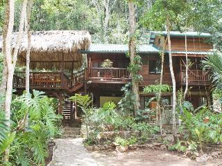 4-Bedroom Home for Rent in Tropical Paradise! - Santa Elena vacation rentals
