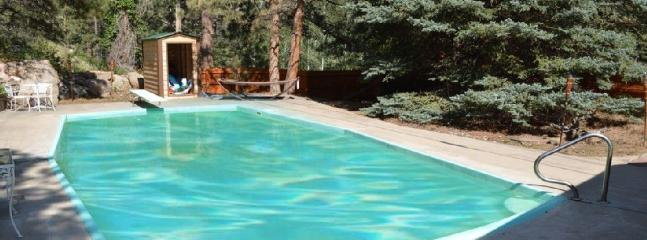 PRIVATE HEATED IN GROUND HEATED POOL OPENS MAY 1ST.  DON'T MISS IT.  GET YOUR CABIN NOW!! - Private on the river, heated pool, hot tub, sauna! - Estes Park - rentals
