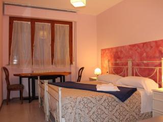 fiori di maggio - Pisa vacation rentals