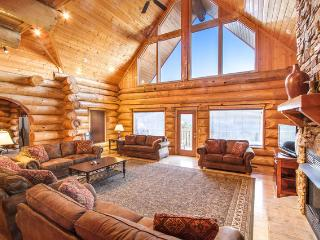 Grand View Lodge -Luxury Log Cabin, Mountain View - Gatlinburg vacation rentals
