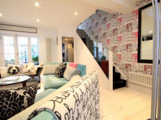 Dean Street Townhouse - stunning 3-bed property - Brighton vacation rentals