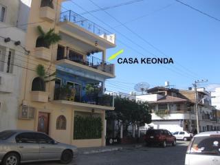 Casa Keonda 2BR. $100 USD - Puerto Vallarta vacation rentals