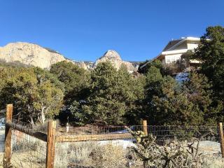 Beautiful 1bd in the Outskirts of Albuquerque - Sandia Park vacation rentals