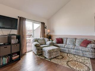 *Fall SPECIAL! Family Escape. Hot Tub, Pool, More - Branson vacation rentals