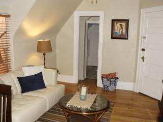 Affordable charming Uptown apartmnt 3 Top Location - Denver vacation rentals