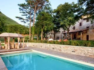 Villa Sovrana - Acqualagna vacation rentals