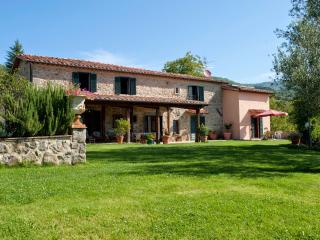 Casale Santa Fiora - Santa Fiora vacation rentals