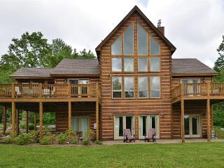 Mountain Top Lodge - McHenry vacation rentals