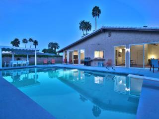 Holiday House - California Desert vacation rentals