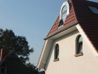 Vacation Apartment in Zingst - 538 sqft, quiet, central, bright (# 5171) - Zingst vacation rentals