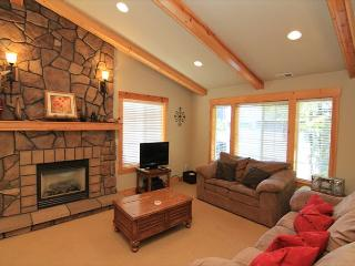 Spencer's Hillside Haven - Lincoln City vacation rentals