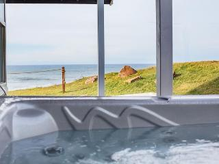 Newlly Remodeled Oceanfront Home with Amazing Views, Hot Tub, and Game Room - Lincoln City vacation rentals