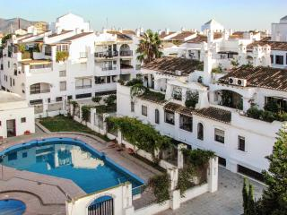 Lovely flat on the Costa Tropical in Andalusia with large terrace, sea views and shared pool – 250m - Motril vacation rentals