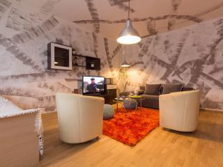 Amy apartment Zagreb,terrace,bike,Wi-Fi, - Zagreb vacation rentals